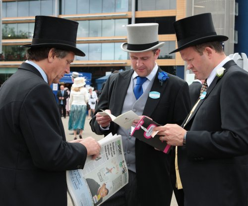 2016 Royal Ascot: Order of St George wins the crown jewel