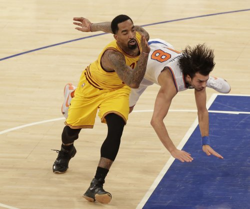 J.R. Smith, Cavs far apart in contract talks; no better deal likely