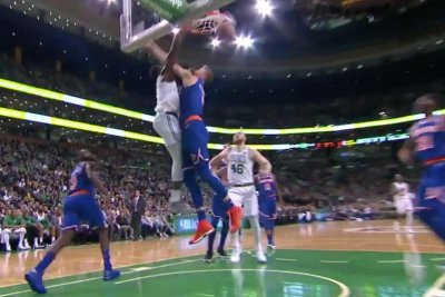 Celtics' Jaylen Brown throws down dunk on Kristaps Porzingis