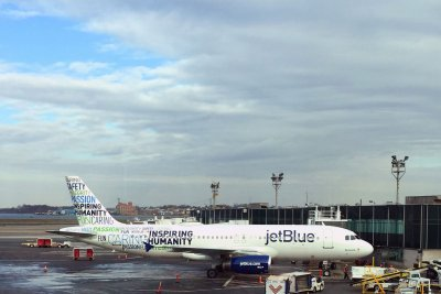 JetBlue again leads J.D. Power survey of frequent-flier programs
