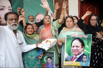 Former Pakistani PM Sharif freed from prison after 2 months