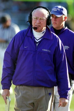Snyder returns to coach K-State football