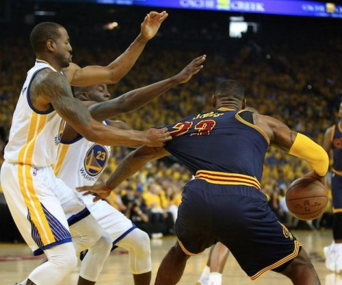 Cleveland Cavaliers owner Gilbert jabs Golden State Warriors
