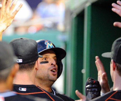 Miami Marlins 3B Martin Prado lands three-year, $40M extension