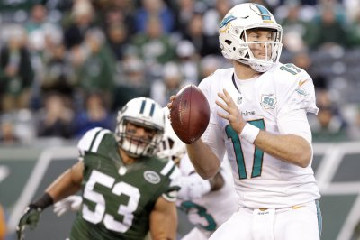 Miami Dolphins: 6 quarterback options without Ryan Tannehill