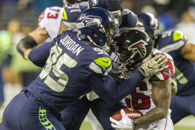 Seattle Seahawks DE Dion Jordan sidelined six-to-eight weeks