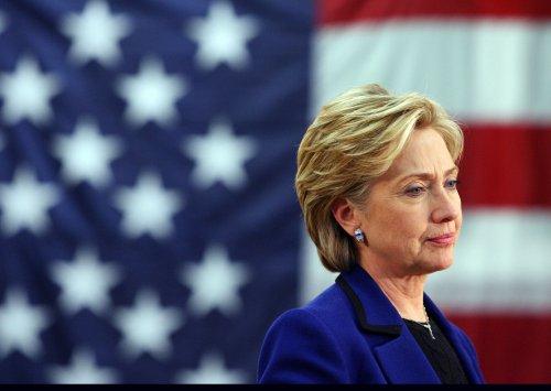 Hillary Clinton woos western Hispanics