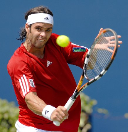 Gonzalez makes BMW Open quarterfinals