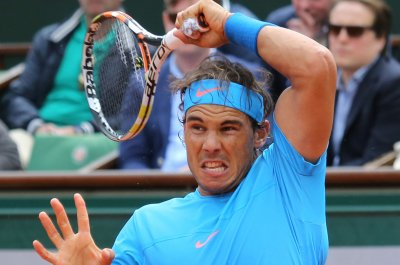 Rafael Nadal eases into 3rd round at Roland Garros