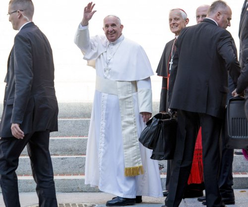 Armed man breached JFK security to meet pope