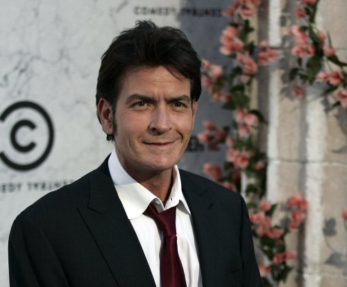 Report: Charlie Sheen to announce he's HIV positive on 'Today'