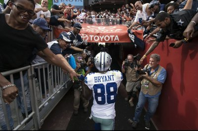 Dallas Cowboys WR Dez Bryant inactive vs. San Francisco 49ers