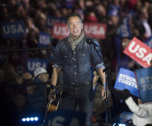 Stranded Bruce Springsteen rescued by fellow bikers on N.J. highway