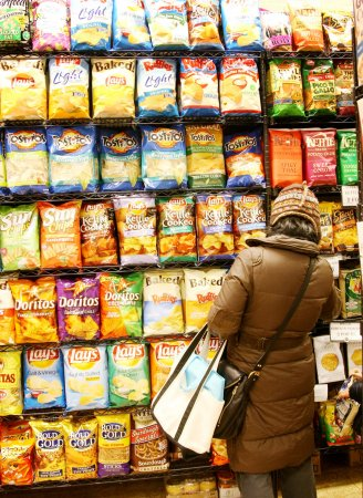 Major food, drink companies selling trillions fewer calories