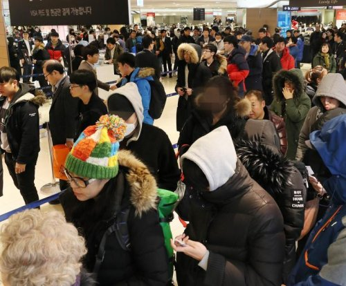 Report: Counterfeit Winter Olympics merchandise luring South Koreans