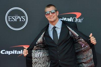 Ex-Patriots TE Rob Gronkowski joins Fox Sports as NFL analyst