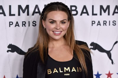 Hannah Brown, Alan Bersten win Season 28 of 'Dancing with the Stars'