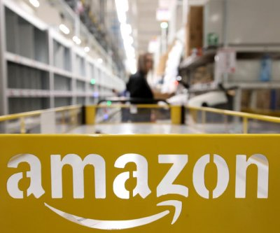 Amazon workers defy company rules with public list of complaints