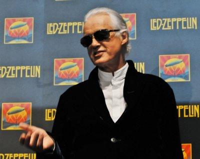Led Zeppelin's Jimmy Page to receive an honorary doctorate from Berklee