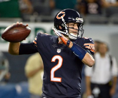 Chicago Bears' Brian Hoyer leaves with broken left arm