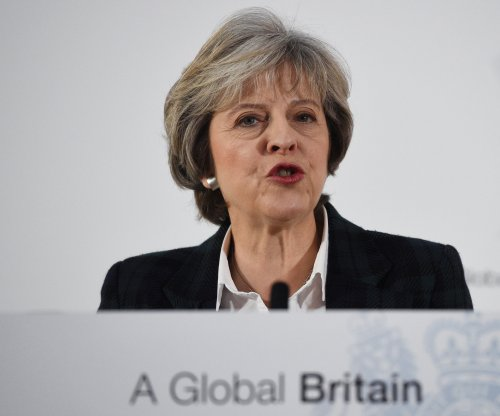 Prime Minister Theresa May says Britain will make clean break from EU