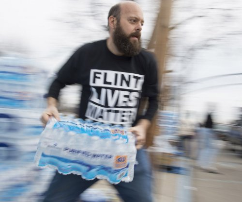 Michigan ends Flint's free bottled water program
