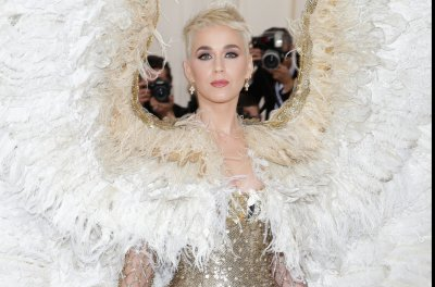 Katy Perry honors late friend and mentor: 'I am incredibly grateful'