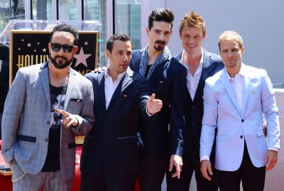 Backstreet Boys to sing new song on 'Late, Late Show'