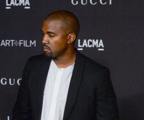 Kanye West to tour North America in 2015, Rihanna reveals