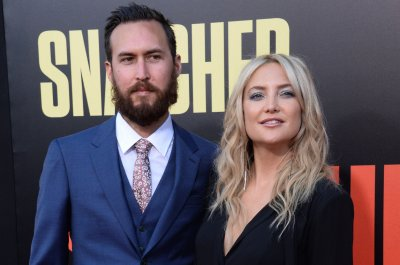 Kate Hudson celebrates anniversary of first date with Danny Fujikawa