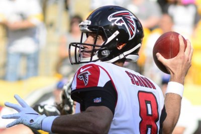 Atlanta Falcons sign backup QB Matt Schaub to two-year extension