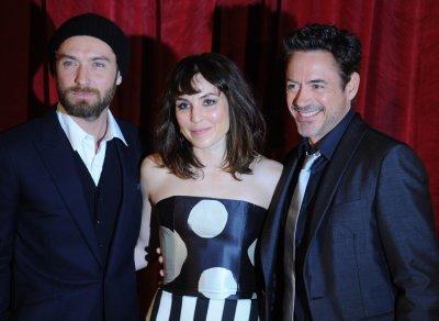 'Sherlock Holmes' tops DVD sales chart
