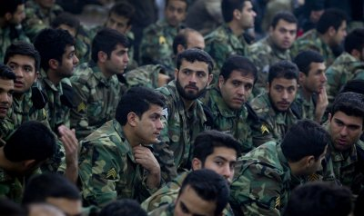 Report: Iran to send 4,000 Revolutionary Guards to aid Syria regime