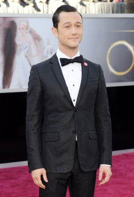 Joseph Gordon-Levitt 'absolutely' considers himself feminist
