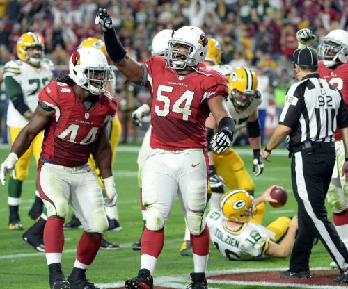 Atlanta Falcons add Dwight Freeney to pass rush