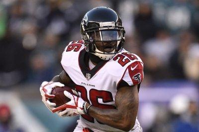 Atlanta Falcons GM says team won't trade RB Tevin Coleman