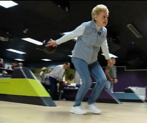 Watch: Woman, 96, bowls a 300 game at Pennsylvania alley