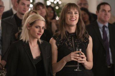 'Happiest Season,' starring Kristen Stewart, coming to Hulu