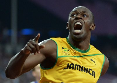 Bolt completes second Olympic sprint sweep