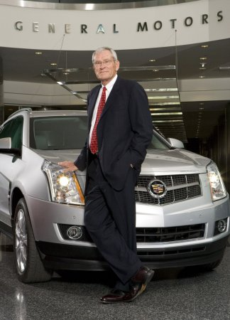 GM, Ford, step up luxury launches
