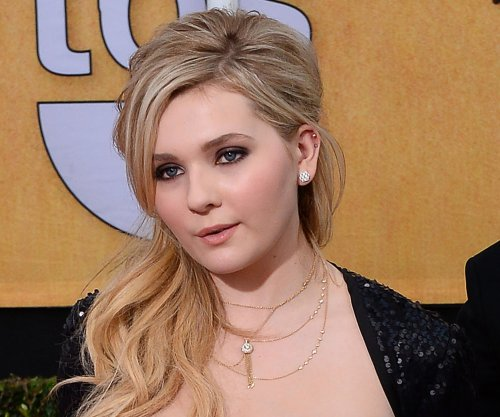 Abigail Breslin's memoir set for publication this fall