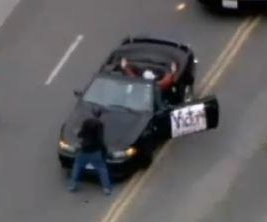 L.A. police chase ends when bystander stands in front of suspect vehicle