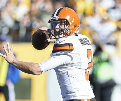 Johnny Manziel reportedly demoted after lying to Browns about video