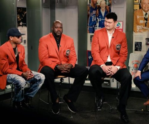 Shaquille O'Neal, Allen Iverson head NBA Hall of Fame inductees