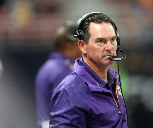 Minnesota Vikings' Mike Zimmer praises dominanting D