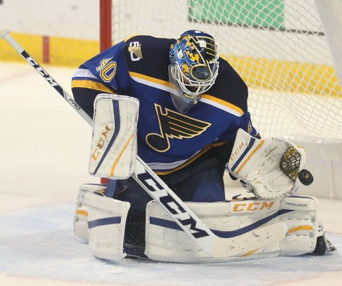 St. Louis Blues, Carter Hutton shut out Detroit Red Wings