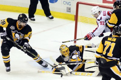Washington Capitals hope to tie up series against Crosby-less Penguins