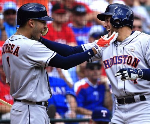 Houston Astros win 10th straight, top Texas Rangers 7-2