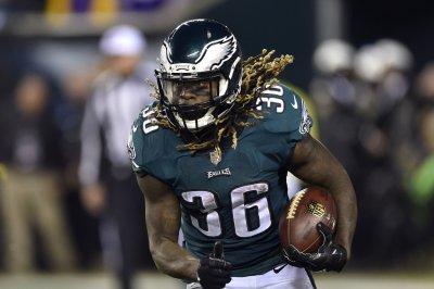 Eagles' Jay Ajayi had injury insurance policy