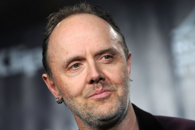 Metallica's Lars Ulrich surprises pediatric nurse on 'Kimmel'
